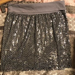 Gray sequined shiny skirt